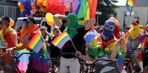 LA UE LANZA UN PLAN PARA AYUDAR A LAS PERSONAS LGBT+